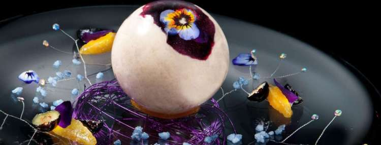 mgm-grand-restaurant-joel-robuchon-signature-dessert-sphere