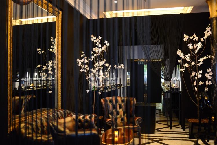 Fragrances Bar_(c) The Ritz-Carlton, Berlin, Photographer Natalia Kepesz (8)