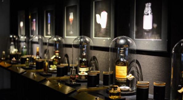 Fragrances Walls