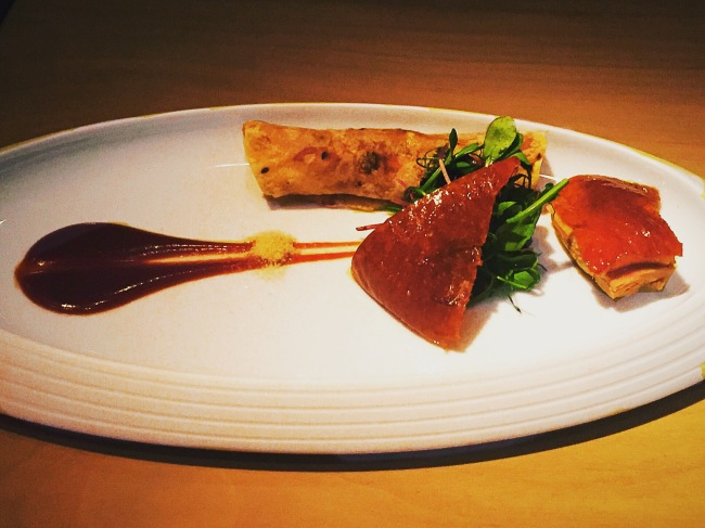 Roasted cherry wood Peking duck - HKK