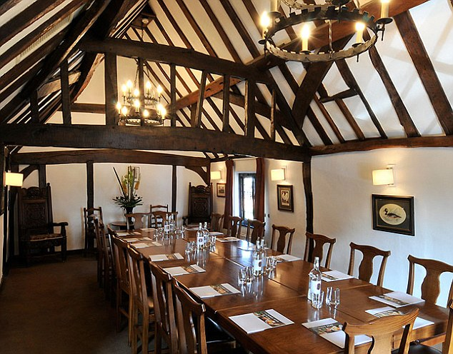 Hinds Head Private Dining