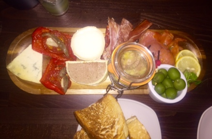 Four Sisters Grazing Board