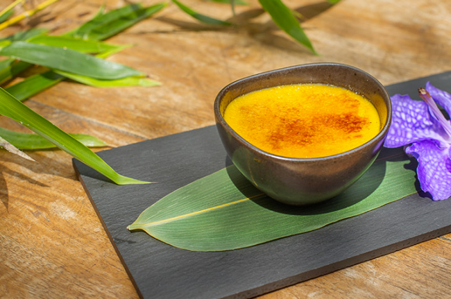 ANNI XIAN BING Mango and ginger creme brûlee Bambuddha Ibiza