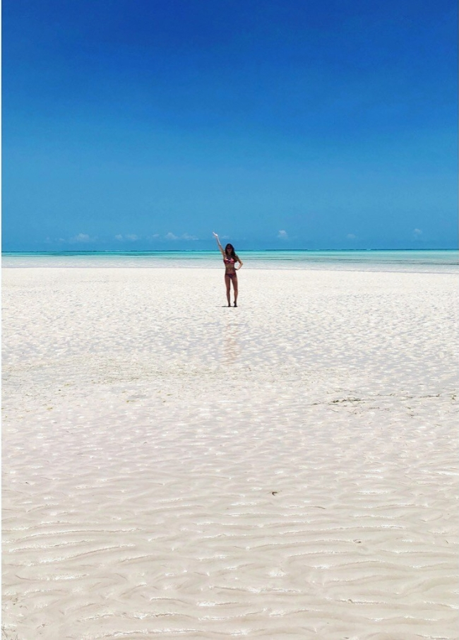 Tide Out - Water Pose - Zanzibar - Beach - Africa