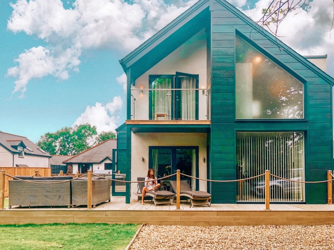 Bude, Cornwall - Glasshouse - Surfing - Luxury Lodges