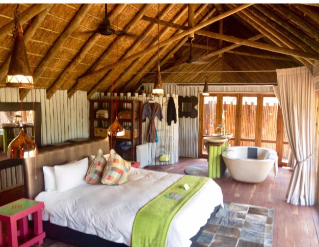 Treehouse Bedroom - Treehouse Internal External Shot - Jaci's Treehouse - South Africa - Botswana
