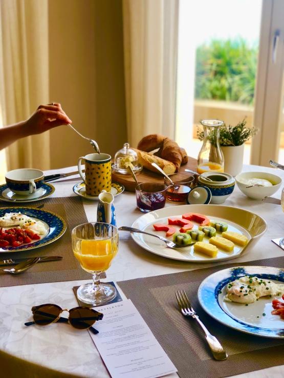 Breakfast at 21 Nettleton